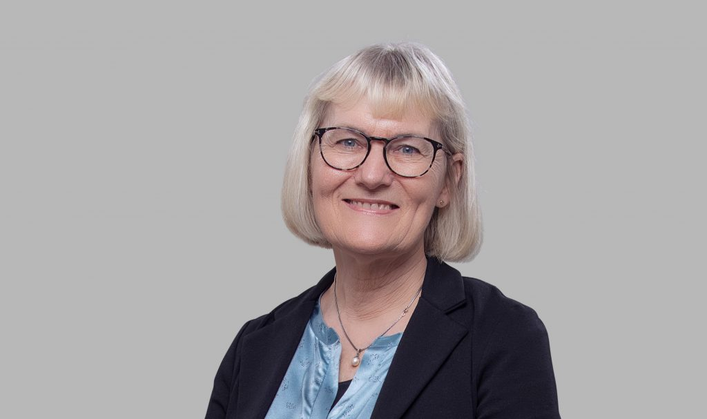 Senior Secretary Lisbeth Bech